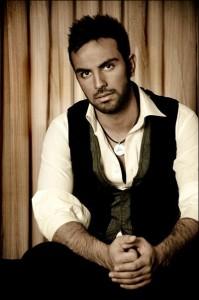 دانلود جدیدترین آهنگ محمد بی باک به نام تنهام ۳
